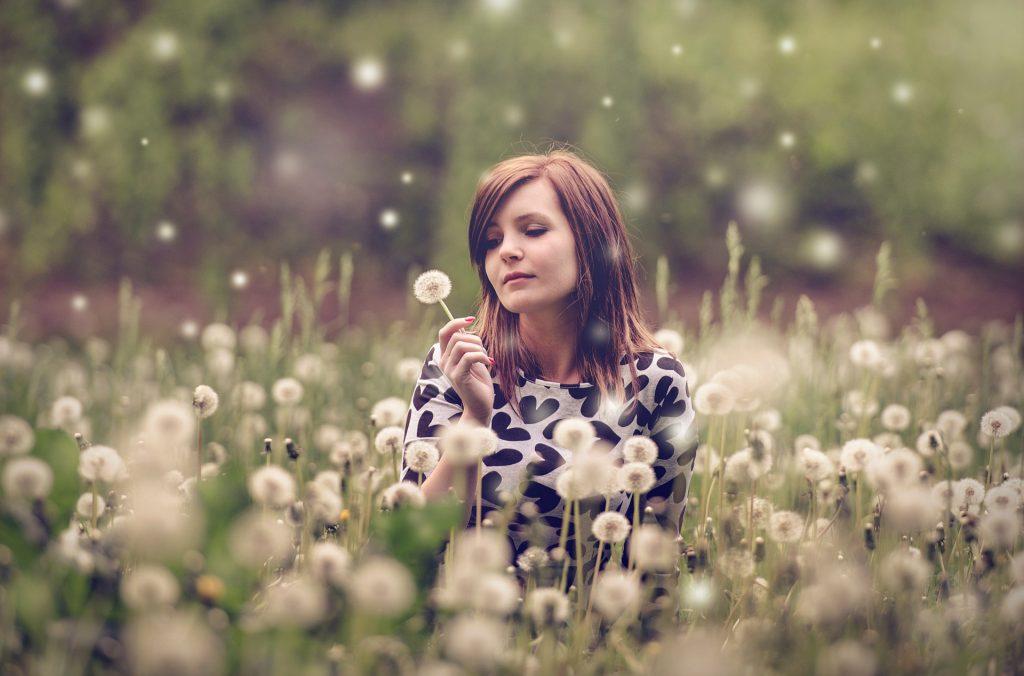 Hooikoortsallergie? Noviral Anti Allergie Spray helpt bij hooikoorts, stof- en dierenallergie